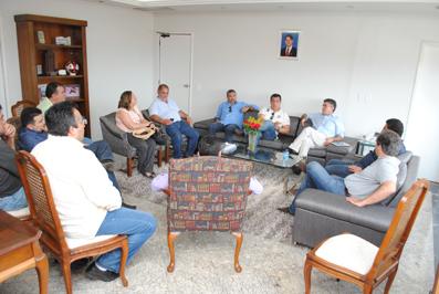 Prefeito Veveu recebeu no Paço Municipal empresários portugueses do Grupo Raporal