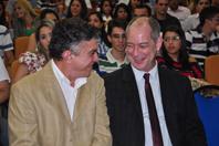 O Prefeito Veveu participou do evento ao lado do ex-ministro Ciro Gomes